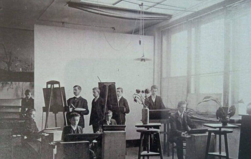 výuka kresby, r. 1906